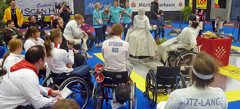 Bild Fechten_P1130449a copyright rollstuhlsport.de, Duisburg, 2014 Mit freundlicher Genehmigung von Fr. Surzukova