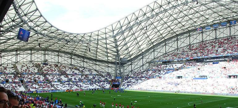 K1600_Sicht-aufs-Spielfeld---Marseille