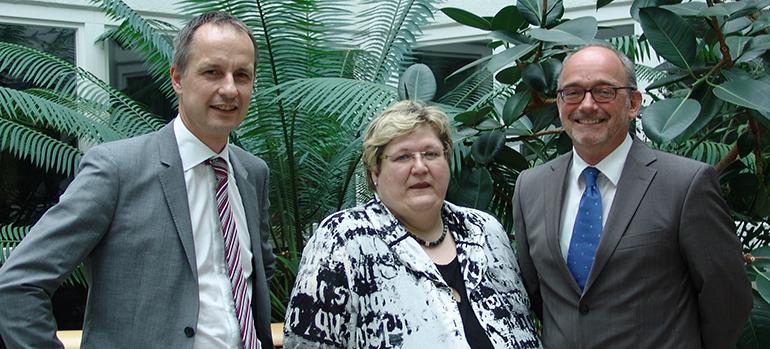 Prof. Weidner, V. Geng und Dr. Leder, Symposium 19 April 2013, eigenes Bild