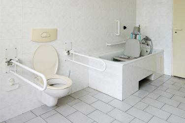 klein shutterstock_61421413 HABRDA badezimmer