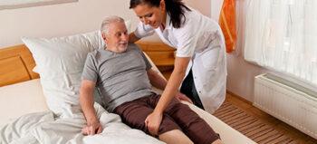 Pflege bei Querschnittlähmung: Richtig drehen