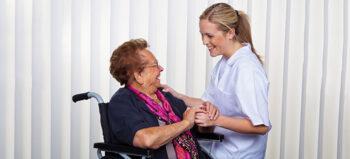 Klärung der Kostenübernahme für Assistenzkräfte bei Klinikaufenthalten