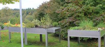 Hochbeete im barrierefreien Garten