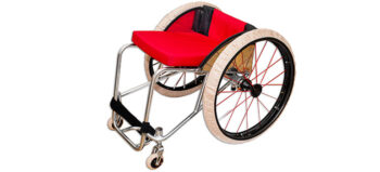 Sauber! Socken und Slipper für den Rollstuhl