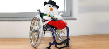 Schneeketten für den Rollstuhl