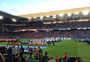 Sicht aufs Spielfeld in Saint Etienne.