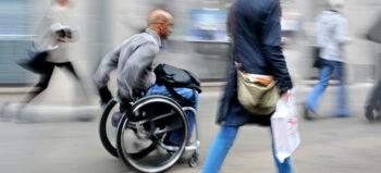 Nicht nur für Rollstuhlfahrer: Hilfsmittel mieten