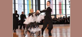 So geht Rollstuhltanz – Mit Leidenschaft auf der Tanzfläche