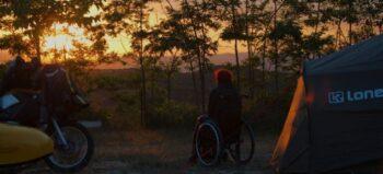 """""""Du sitzt vor deinem Zelt, guckst in die Landschaft und hast einfach Zeit"""" – vom Zelten mit Handicap"""