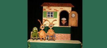 Für Kinder mit und ohne Rollstuhl: Nulli, Priesemut und Rolli-Tom auf der Bühne